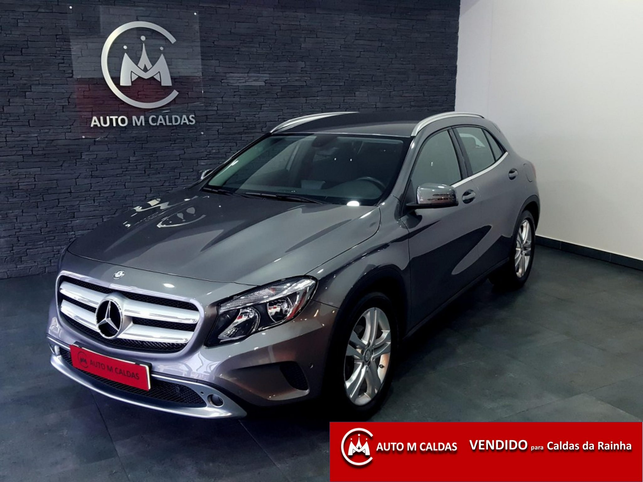 Mercedes benz gla 180 cdi urban aut auto m caldas for Mercedes benz gla 180